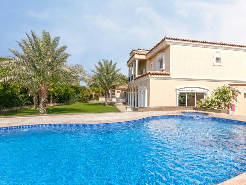 Unavailable Villa in Luxury Villas Area, Green Community
