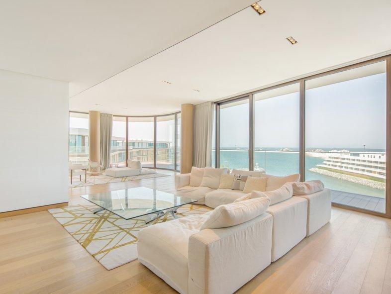 Unavailable Penthouse in Jumeira Bay, Jumeirah