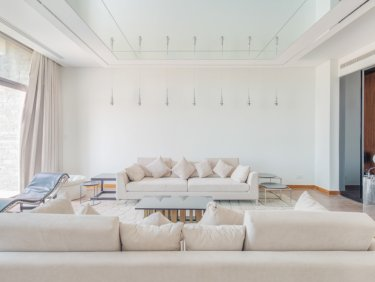 Spacious villa on large plot in Damac Hills