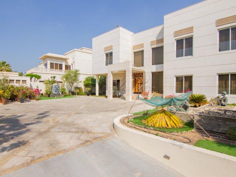 Unavailable Villa in V Sector, Emirates Hills