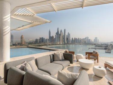 Luxury hotel penthouse on Palm Jumeirah