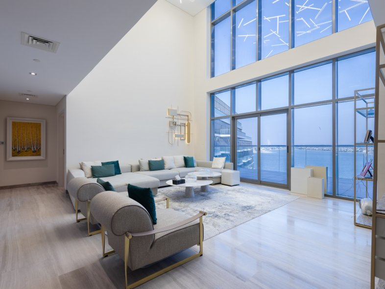 Unavailable Penthouse in The 8, Palm Jumeirah