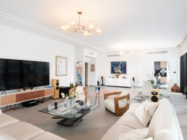 Exclusive | Unique Penthouse | Sophisticated Living