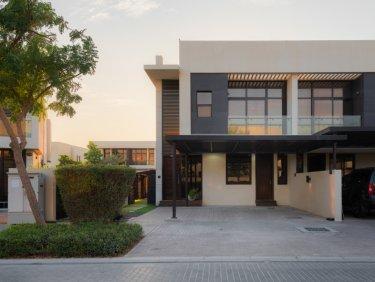 Smart home duplex townhouse in Damac Hills
