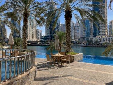 High-end apartment in prime Dubai Marina location