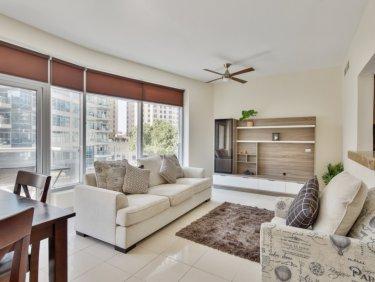 Spacious apartment in prime Dubai Marina location