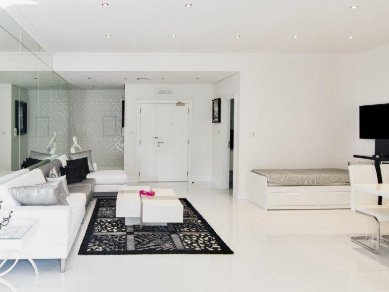 Unavailable Apartment in Marina Heights, Dubai Marina