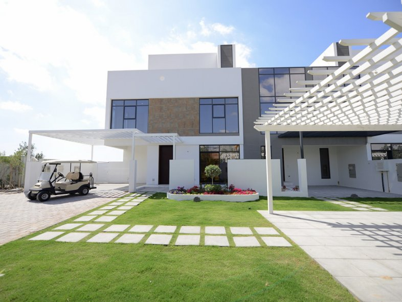 Unavailable Attached townhouse in Jumeirah Luxury, Jumeirah Golf Estates