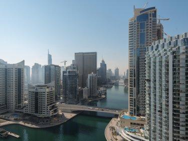 Modern, smart home apartment in Dubai Marina