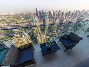 Fully furnished luxury apartment in Dubai Marina