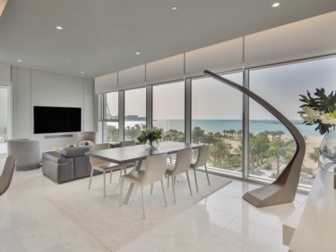 Upgraded sea view apartment in JBR