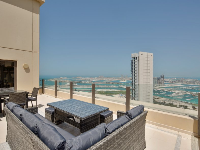 Apartment available for sale in Sadaf, Jumeirah Beach Residence