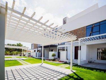 Luxurious Modern Townhouse in JGE