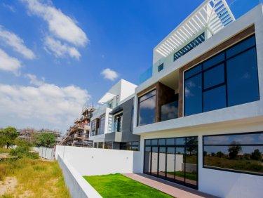 Jumeirah Luxury Townhouse in JGE