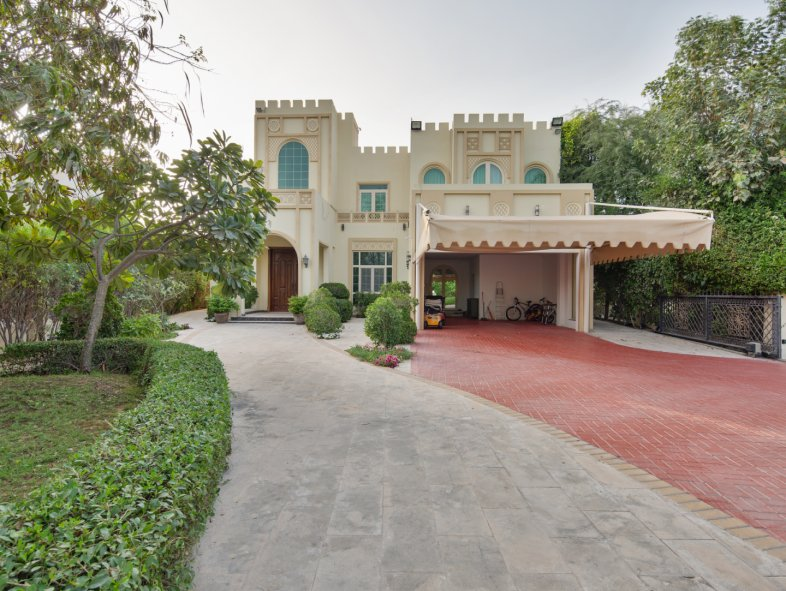 Villa available for sale in Islamic Clusters, Entertainment Foyer, Jumeirah Islands