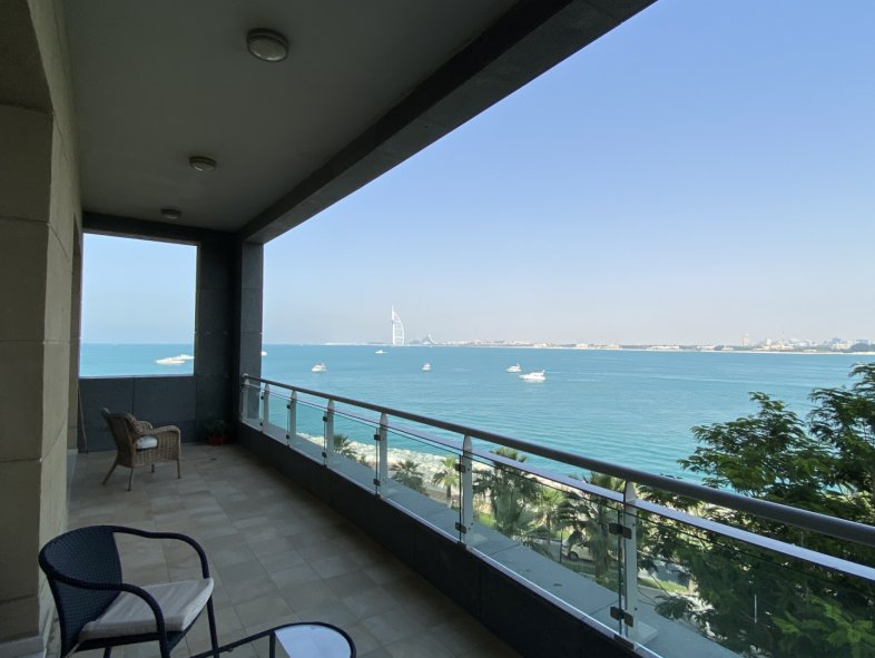 Apartment available for sale in Dream Palm Residence, Palm Jumeirah