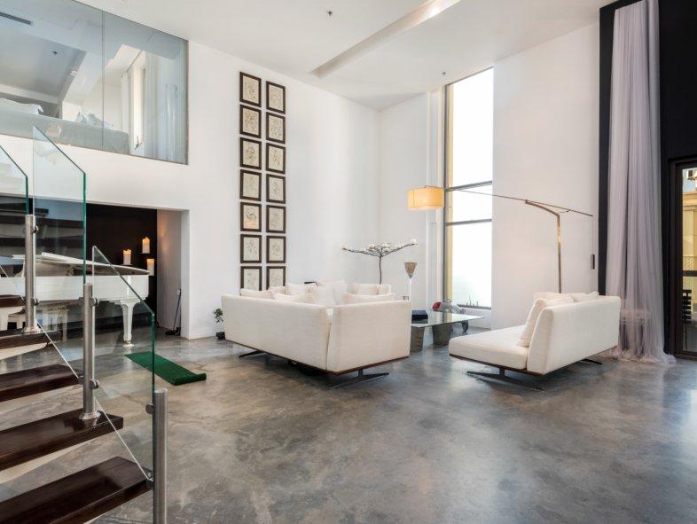 Duplex available for sale in Sadaf, Jumeirah Beach Residence