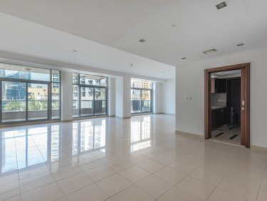 Luxury Simplex villa in premier Dubai Marina residence