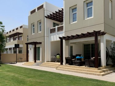Properties available in Mudon