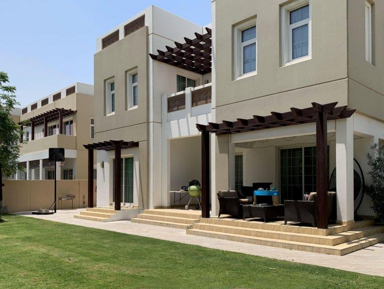 Villa available for sale in Mudon, Dubai Land