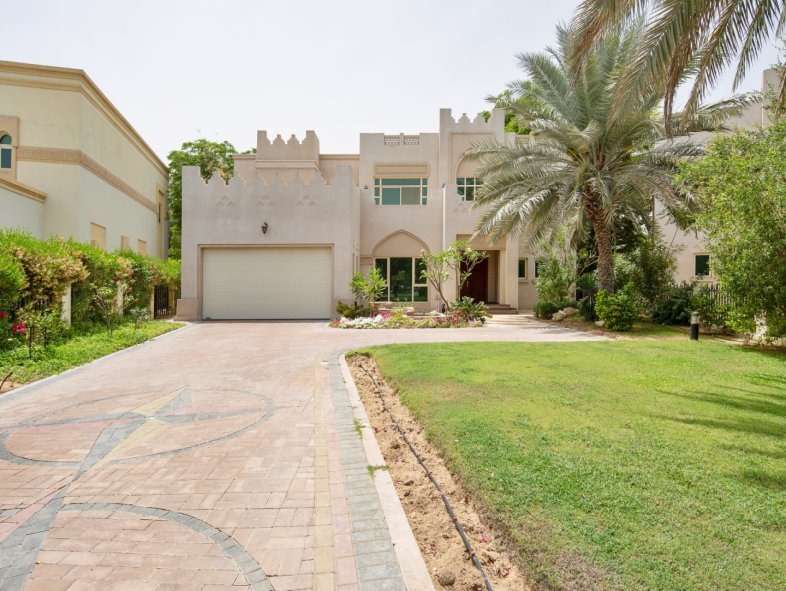 Unavailable Villa in Islamic Clusters, Entertainment Foyer, Jumeirah Islands