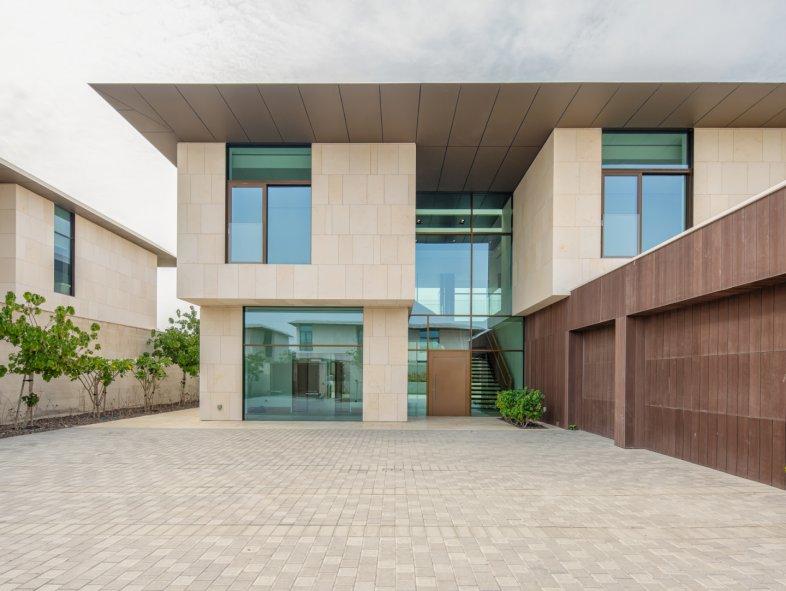 Unavailable Villa in Jumeira Bay, Jumeirah