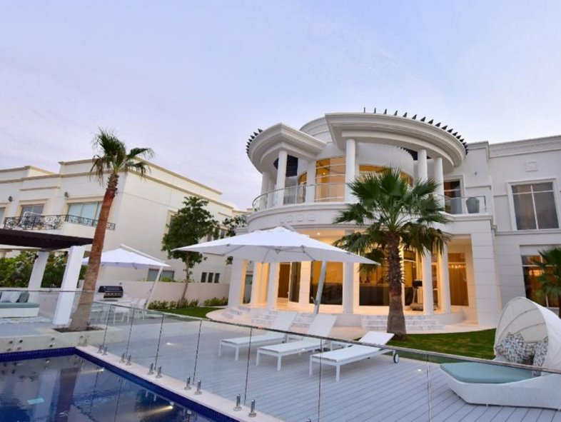 Villa available for sale in P Sector, Emirates Hills