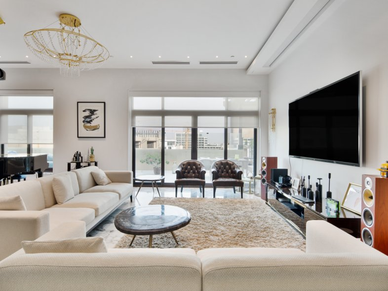 Penthouse available for sale in The Fairmont Residences , Palm Jumeirah