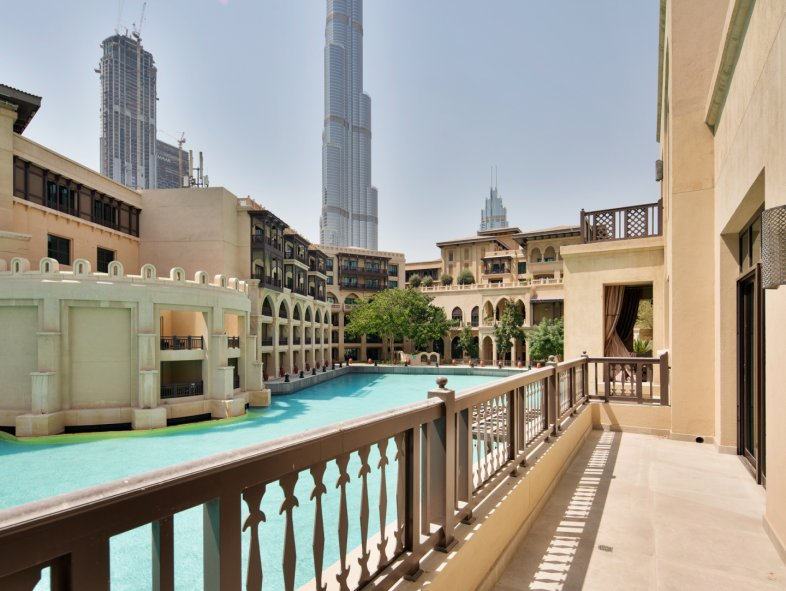 Attached townhouse available for sale in Old Town, Downtown Dubai