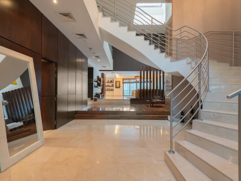 Unavailable Villa in The Jewels, Dubai Marina