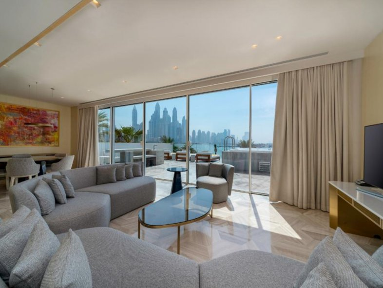 Villa available for sale in Five Palm Jumeirah (Viceroy), Palm Jumeirah