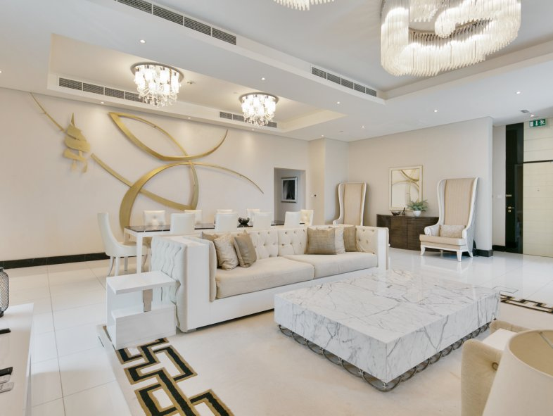 Penthouse available for sale in The Signature, Downtown Dubai