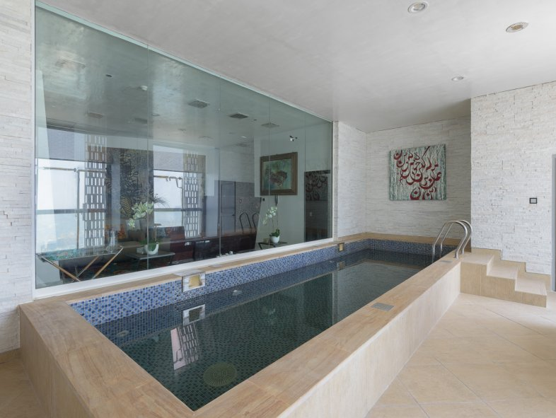 Penthouse available for sale in Cayan Tower, Dubai Marina