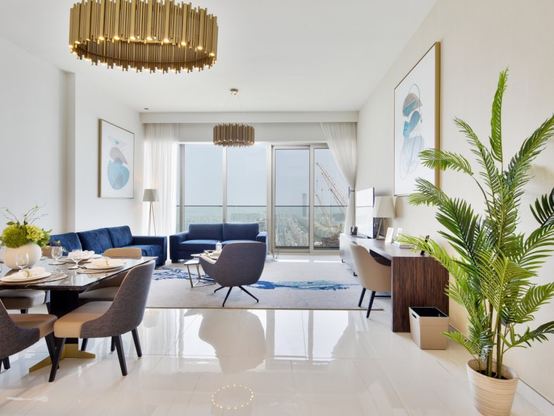 Apartment available for sale in Palm Views, Palm Jumeirah