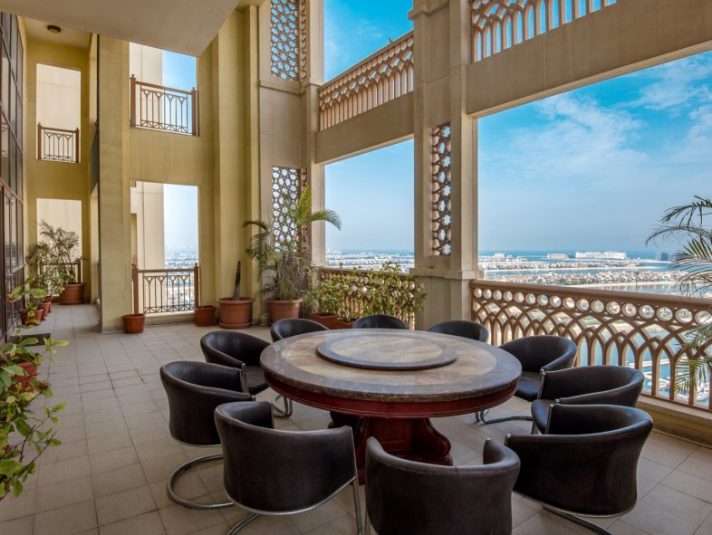 Penthouse available for sale in Marina Residences, Palm Jumeirah