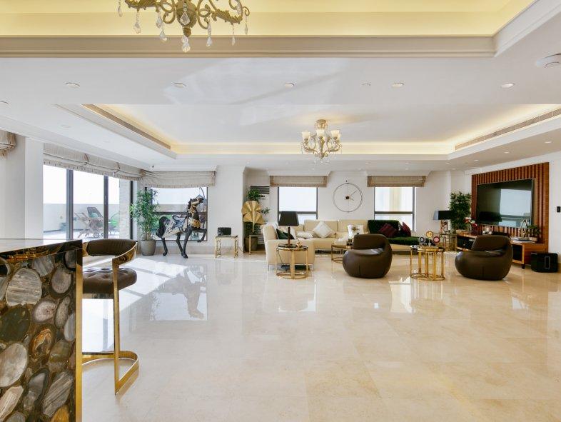 Penthouse available for sale in Sadaf, Jumeirah Beach Residence