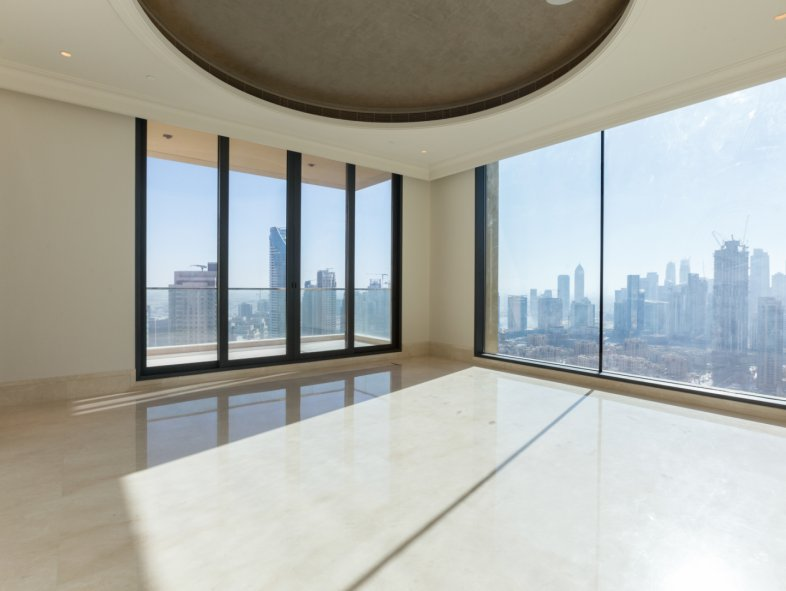 Brand new luxury penthouse apartment in Downtown Dubai