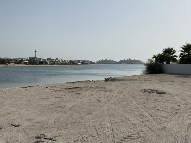 Plot available for sale in Signature Villas, Palm Jumeirah