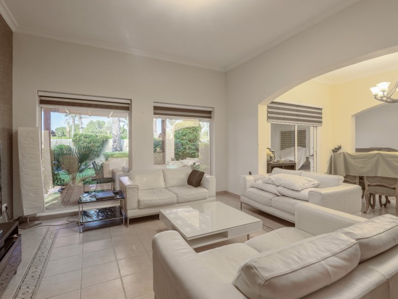 Villa available for sale in Meadows 3, The Meadows