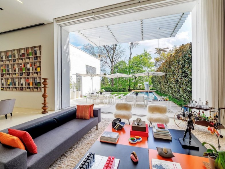 Villa available for sale in Washington DC