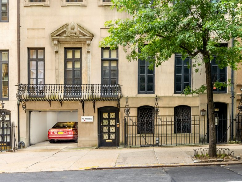 Apartment available for sale in New York