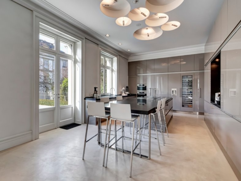 Villa available for sale in Geneva