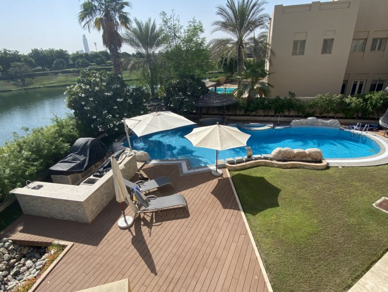 Villa available for sale in Meadows 6, The Meadows